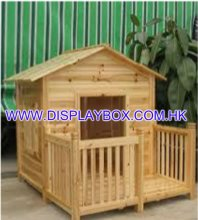WDS075 Wooden Dog House