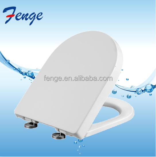 Rubber mat slip water closet toilet seat with soft closing plastic hinge