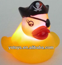 flashing duck,rubber pirate duck,plastic kids toy