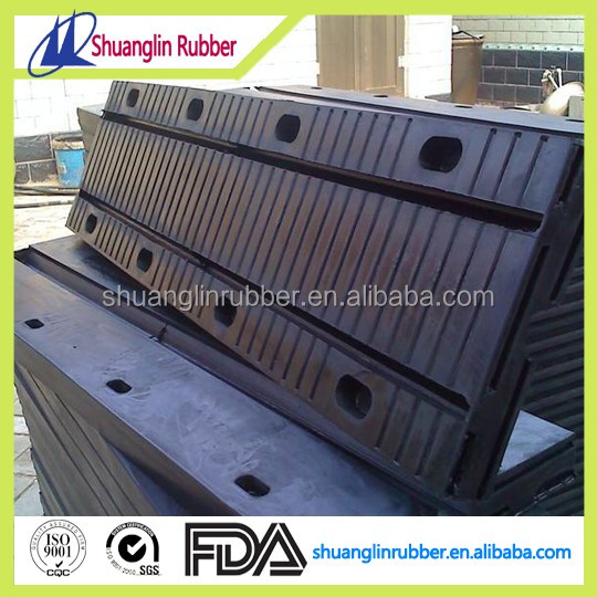 Rubber bridge expansion device