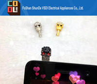 Wholesale New 3.5mm Punk Crystal Skull Anti Dust Earphone Plug Stopper for Iphone 4 4s Samsung HTC