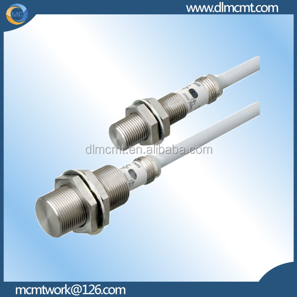 new and original omron E2B cylindrical proximity sensor