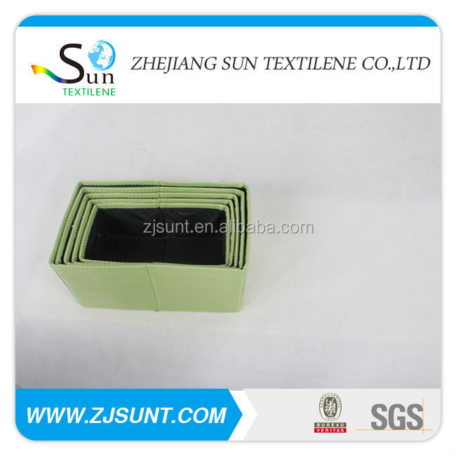 green eski storage box