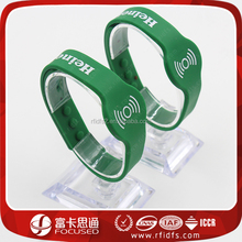 Adjustable Silk Screen Printing Logo NDEF NFC Silicone Wristband