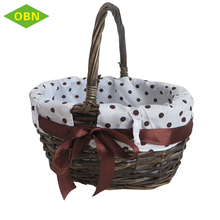 Hot sale cheap brown decorative gift small wicker basket with handle