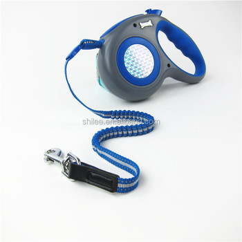 Retractable dog elastic lead and pet reflective leash