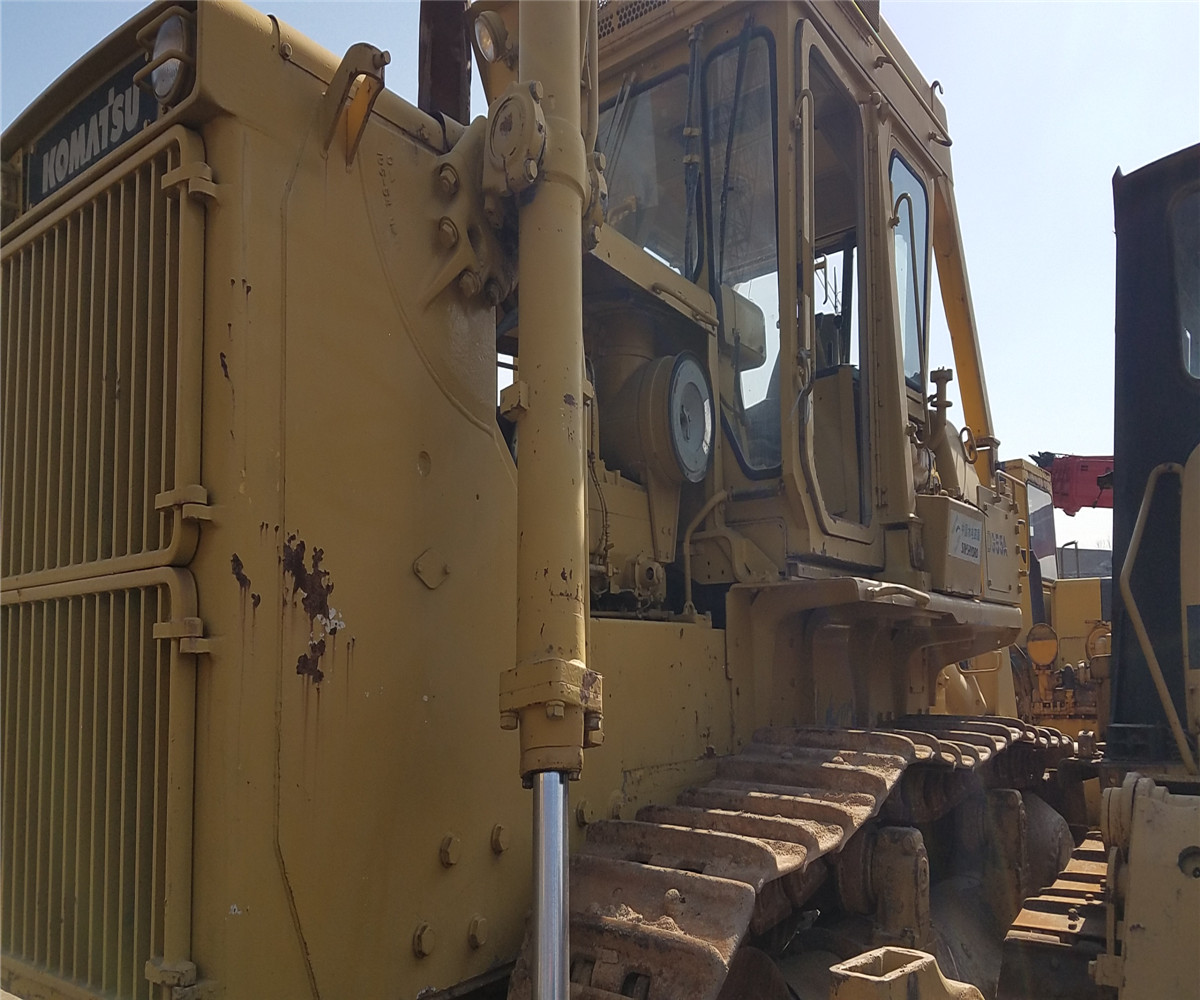 Used cheap D355 <strong>bulldozer</strong> used good condition D355A-3 <strong>D155A</strong> D85P <strong>bulldozer</strong>