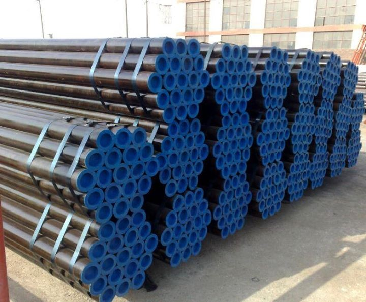 Trade assurance ERW Q195 Q235 black welded round seamless steel pipe for construction mild steel tube 666