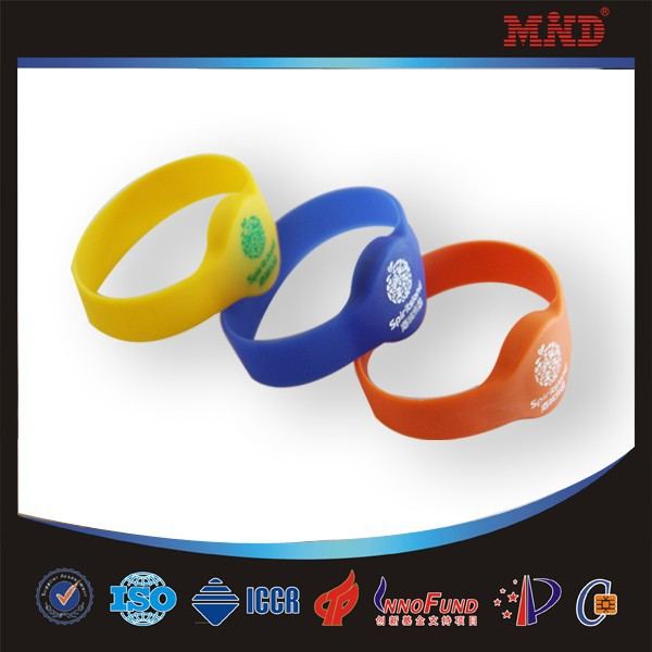MDW0012 design all kinds of silicone bracelet band