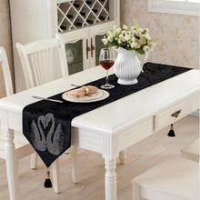 Luxurious velvet swan diamond drilling burlap table runner