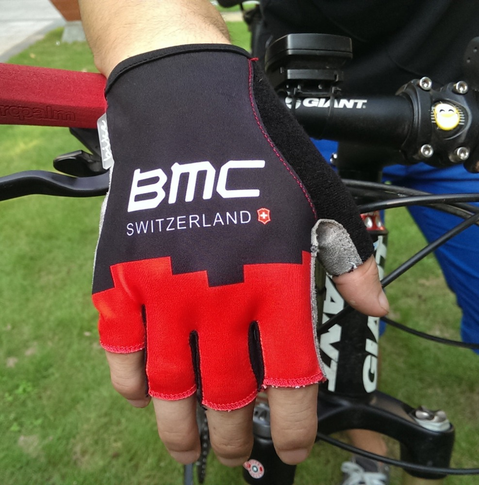 Team club sport gloves, no MOQ customized riding gloves