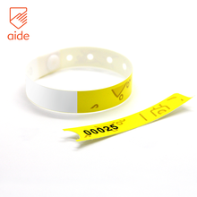 Customized One Time Use Recycled PVC Lock Adjusting Plastic Bracelet Wristbands Closures For Festival Event Swimming