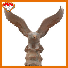 Guangzhou hot selling hand carved natural marble eagle statue for outdoor decoration