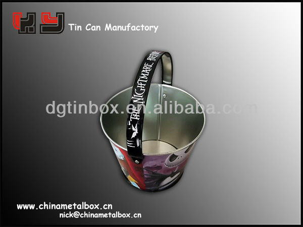 small metal tin pail with handle