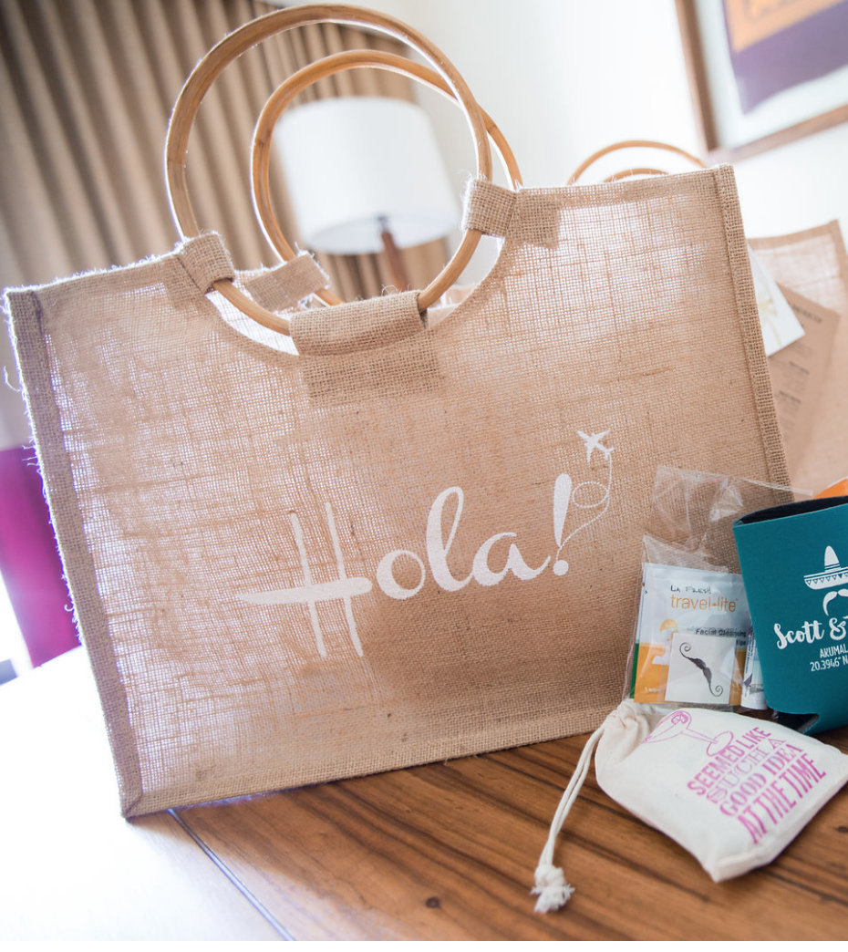 Custom welcome jute burlap beach tote with round cane handles