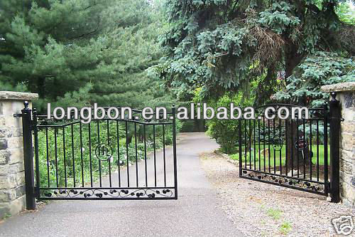 2013 top selling classical wrought iron fancy gates