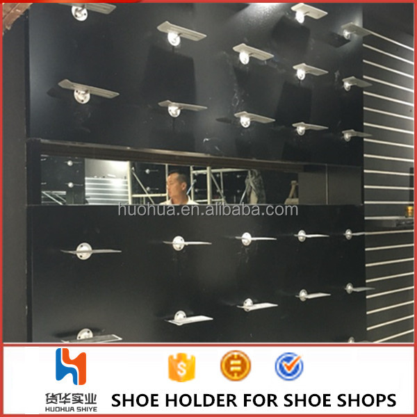 huohua wholesale metal material install on the wall silver color mdf wood used shoe store display racks