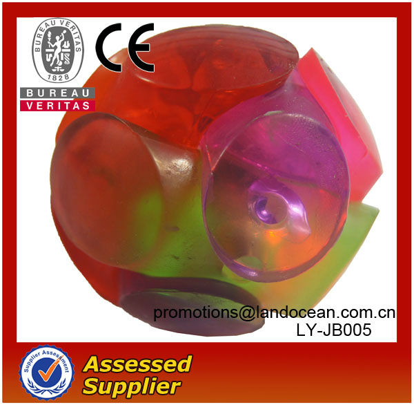 Rubber bouncy ball with LED light for children