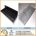 "galvanized or black painted steel bar grating stairs treads with 3"" Toe Kick"