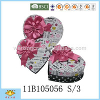 Heart Shape Candy Packaging Gift Box with Ribbon tie