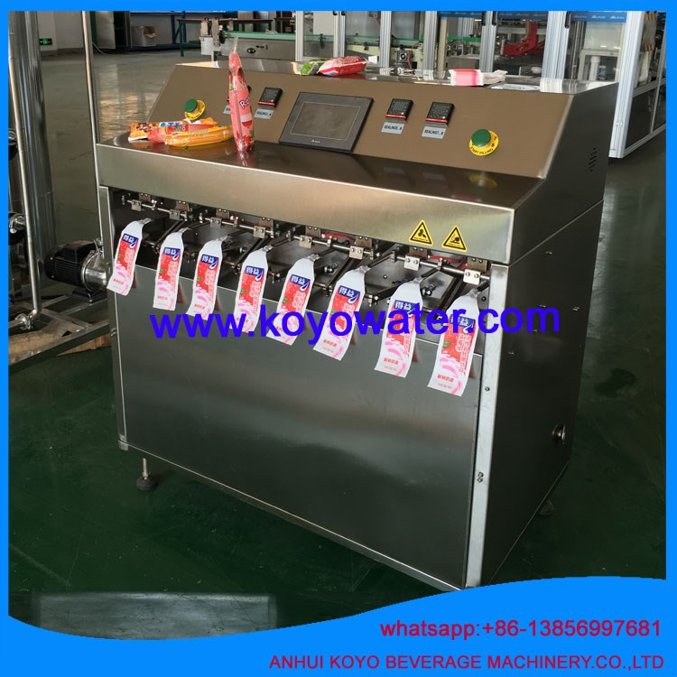 ice freeze pop in plastic bag filling and sealing packaging machinery