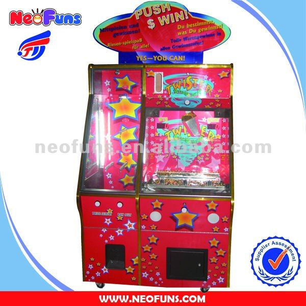 2 players twister coin pusher game machine prize coin pusher