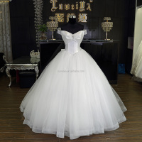 Simple beaded wedding dress mannequin korea wedding dress expo
