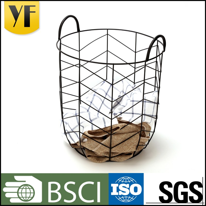New design colorful iron large heavy duty wire mesh basket with handle