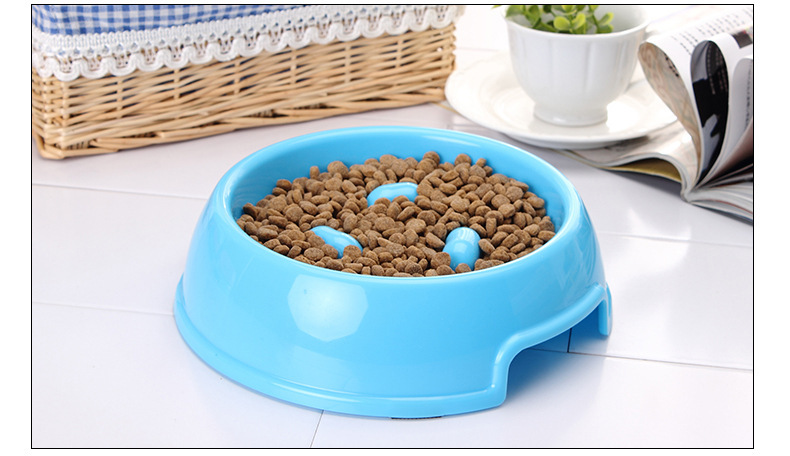 New Design cheap plastic Slow Feed Pet Bowl for Dog and Cat