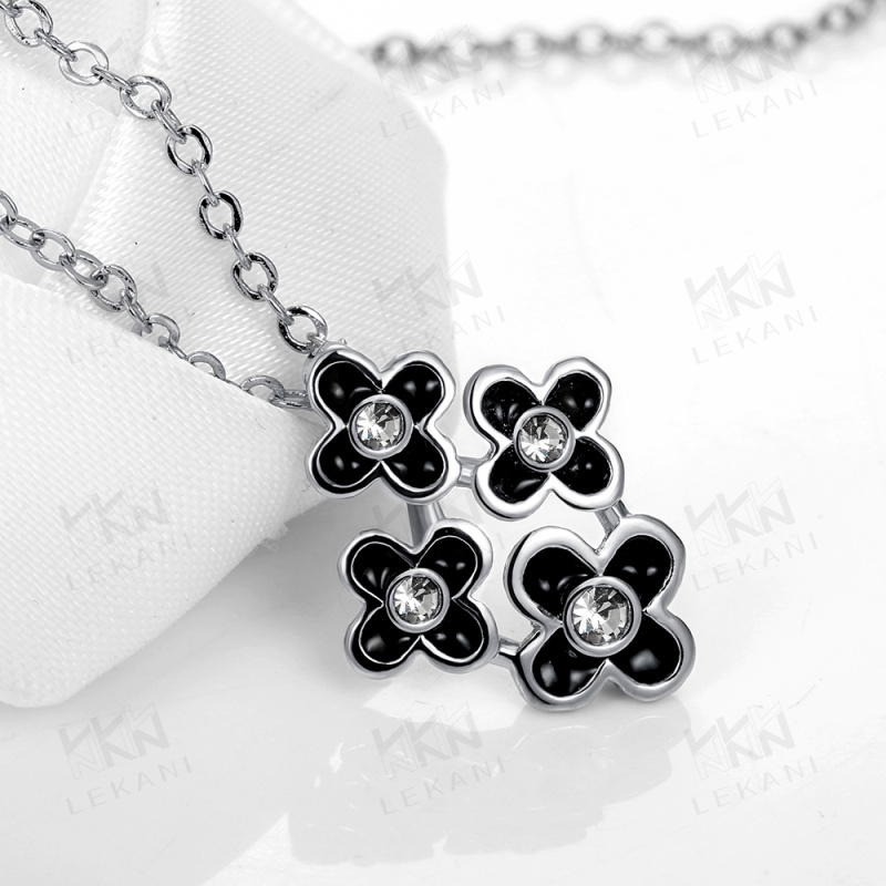 Women's latest model fashion cheap initial gold necklaces 2015