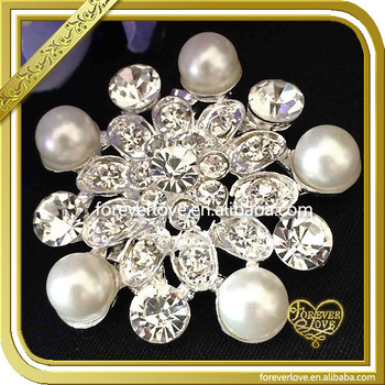 2016 New Arrival Fashion snowflake Brooch Pin with Shinning Rhinestones
