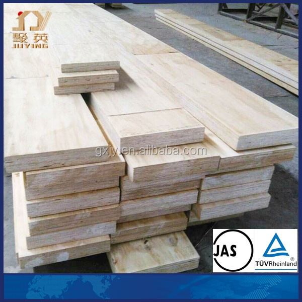 12m pine wood/pine plank use for buildings/pine wood plywood from Jiangsu factory