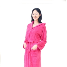 China highly absorbent custom microfiber quick dry bathrobe