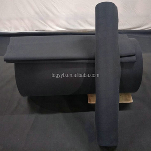 Black wide cloth application in conveyor belt for logistic industry
