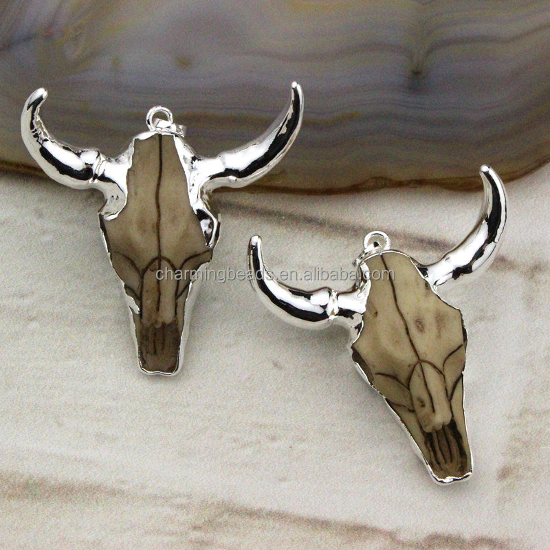 CH-LSP0394 Wholesale bull head pendants with silver plated,Fashion silver plated resin animal skull cattle head pendants