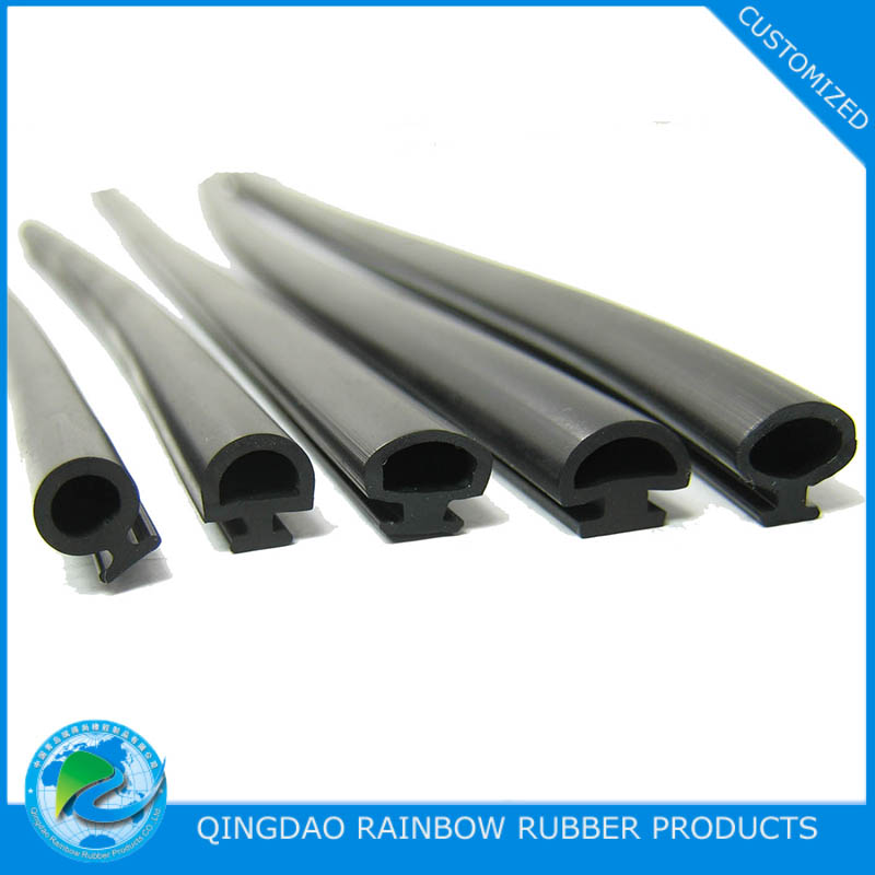 Rubber sealing strip for refrigerator door