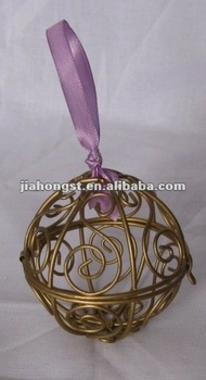 painted decorative metal iron wire upostery ball for Chrismas