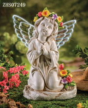 New design garden resin angel figurine with solar led wings