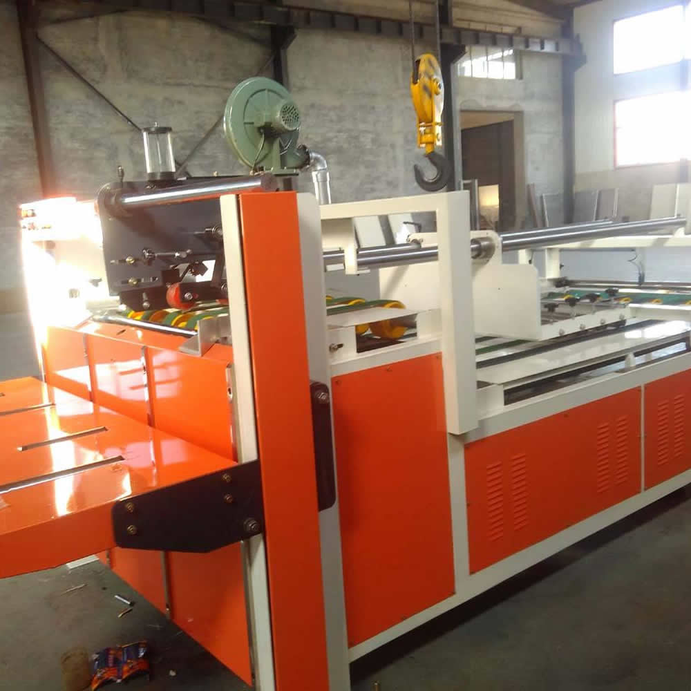 Corrugated box carton machine / carton molding machine