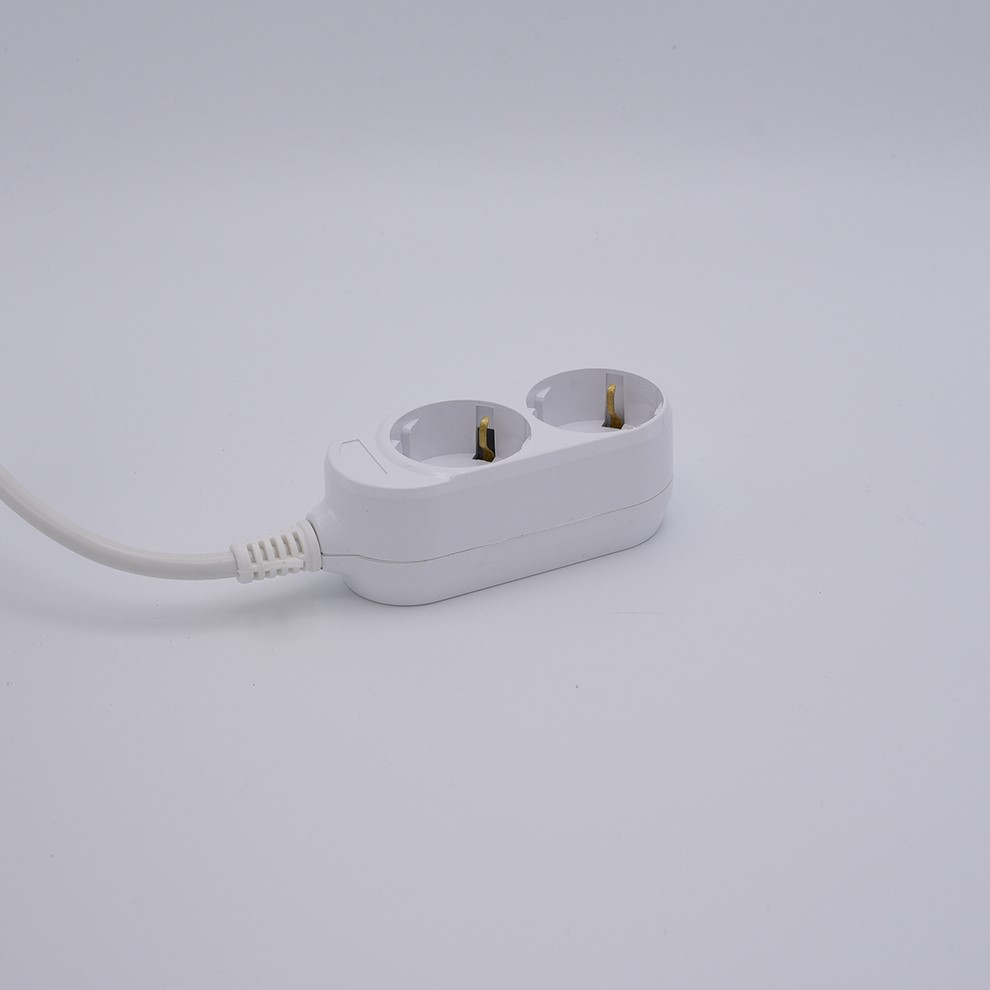 PP shell multiple outlet extension cord