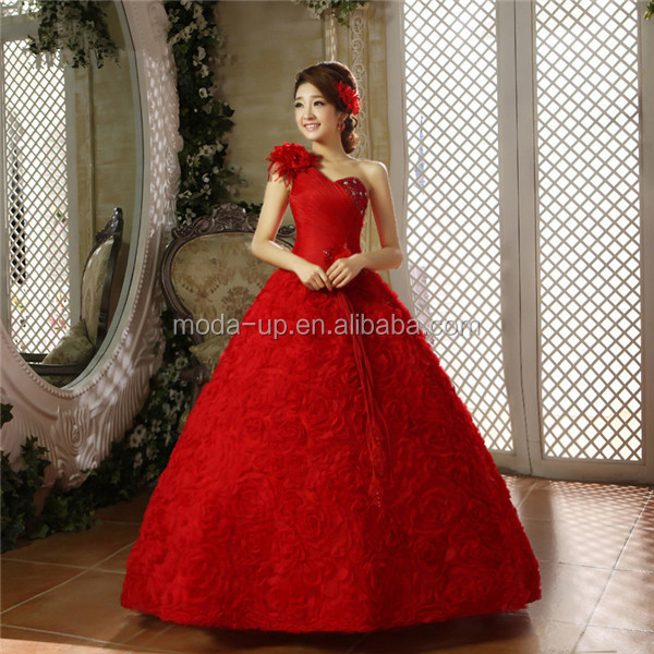 White and red wedding dress/ red wedding dress pictures/ red lace wedding dress