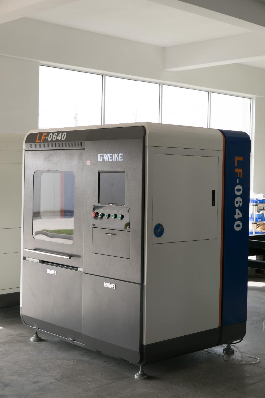 LF0640 Fiber laser cutting machine (3).jpg
