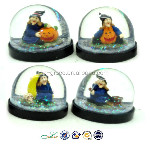 2015 promotion resin Halloween witch snow globe gifts