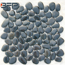 Natural pebble stone mosaic tile for decoration