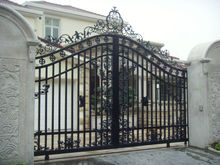 Hot sales iron gates models for homes