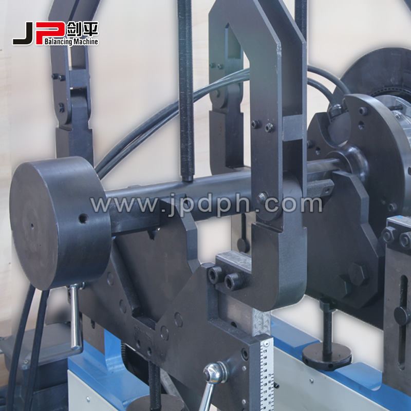 Centrifugal Roof Fan Dynamic Balancing Machine