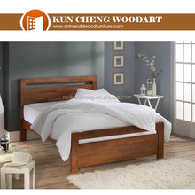 Cool heavy bed frame in wood 03