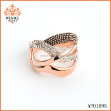 Yiwu Factory direct fashion Metal Curve Rhinestone ring