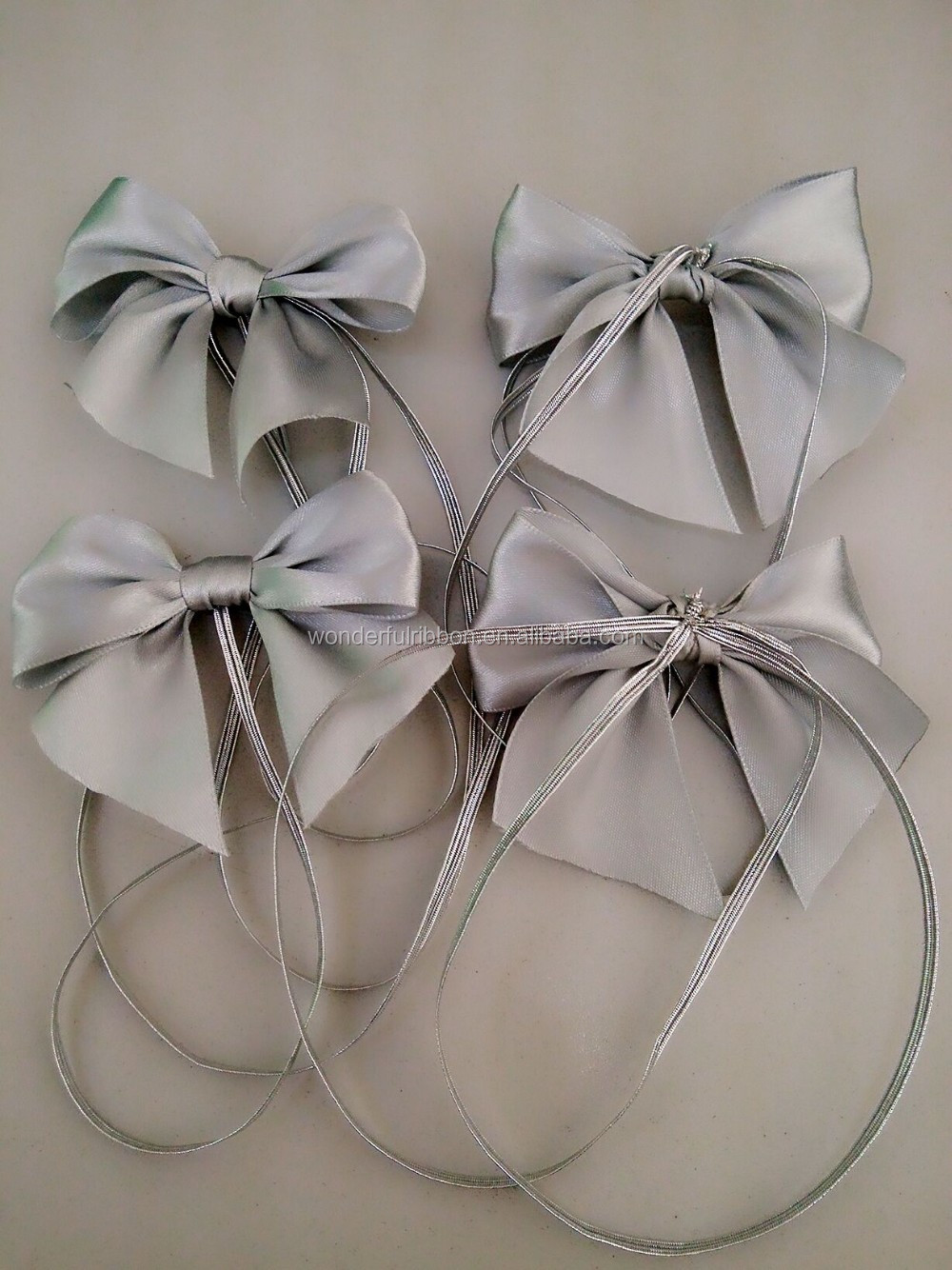 gift packaging pre-tied bows with elastic loop wholesale satin ribbon bows