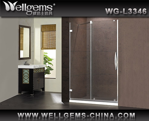 L3346 Straight Shower Screen with Swing Door